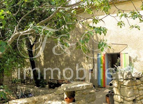 Vente maison de village avec jardin en luberon for Immobilier avec jardin