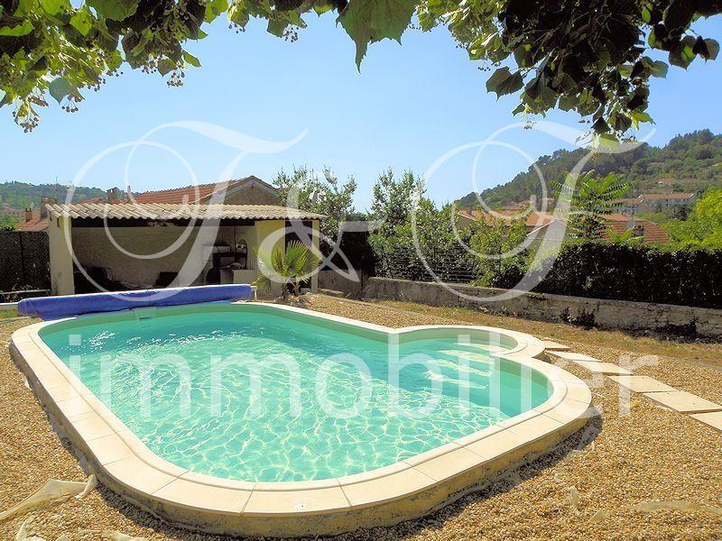vente maison de ville avec jardin et piscine en luberon immobilier luberon provence. Black Bedroom Furniture Sets. Home Design Ideas