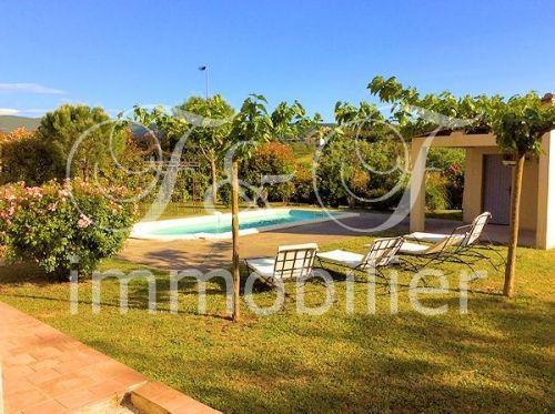 Vente villa avec piscine en luberon immobilier luberon for Camping luberon avec piscine