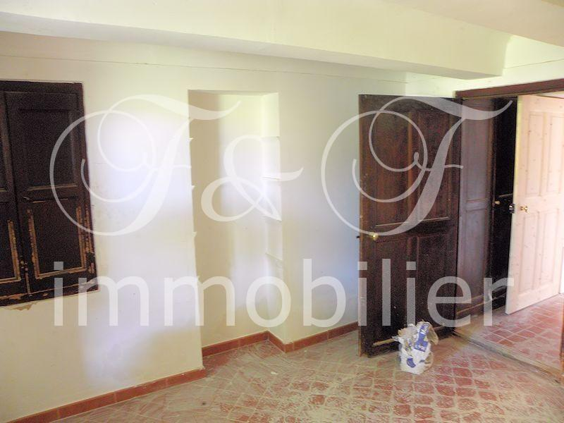 Vente propri t dans le pays de sault immobilier for Mas provencal a renover