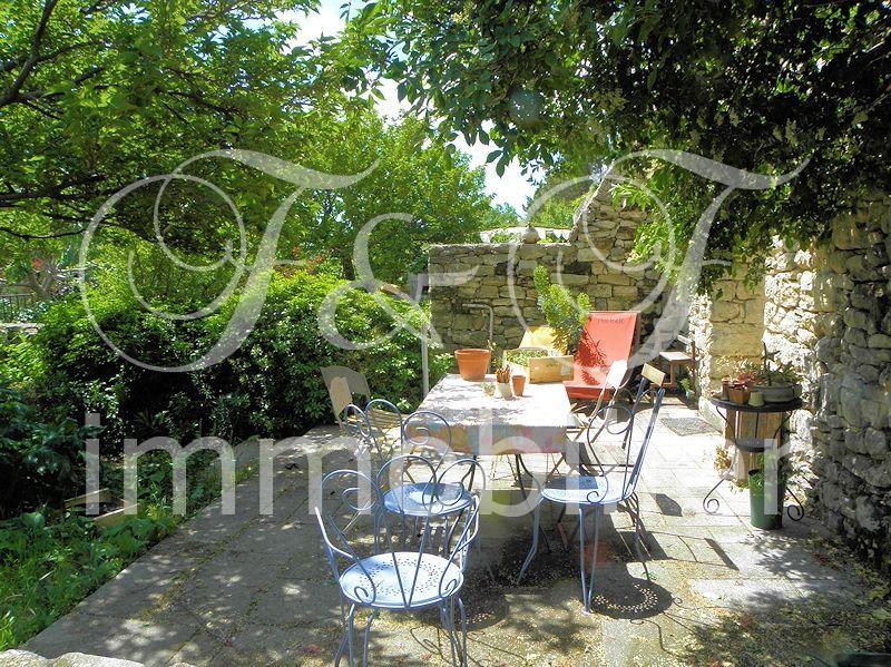 Vente maison en pierres avec jardin et piscine for Immobilier avec jardin