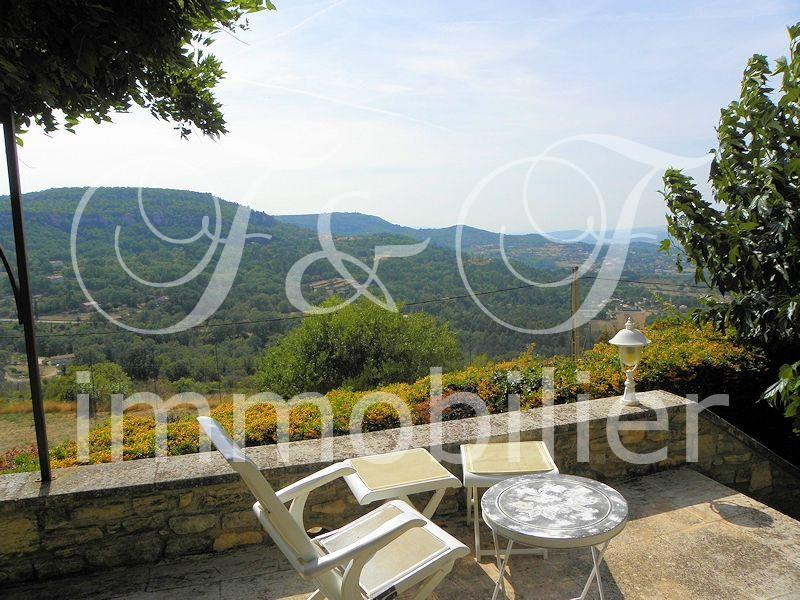 Large villa of charm in the Luberon
