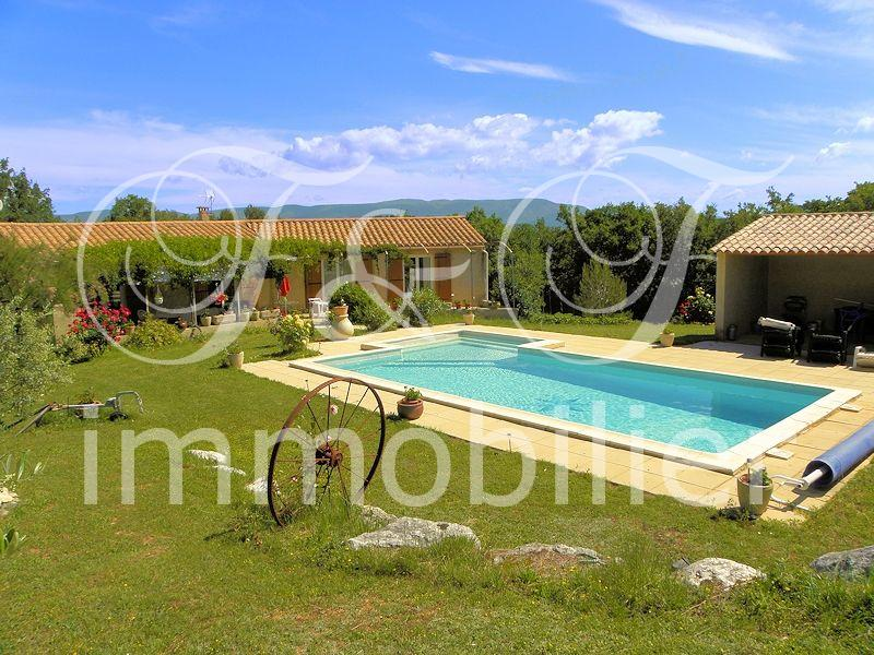 Villa with pool in Provence Luberon