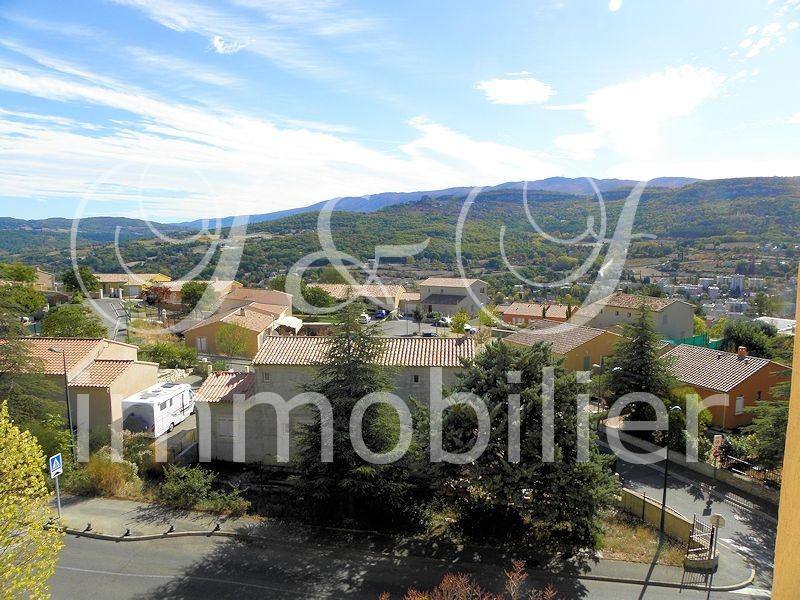 Vente grand appartement avec vue luberon immobilier for Grand appartement
