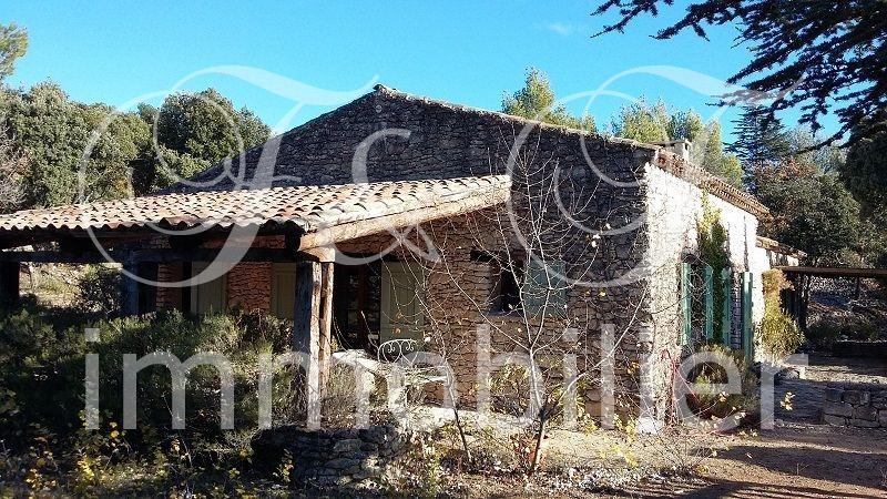 Property in Bonnieux in the Luberon - Luberon Provence