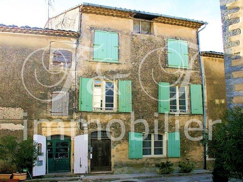 Village house in Saignon in the Luberon