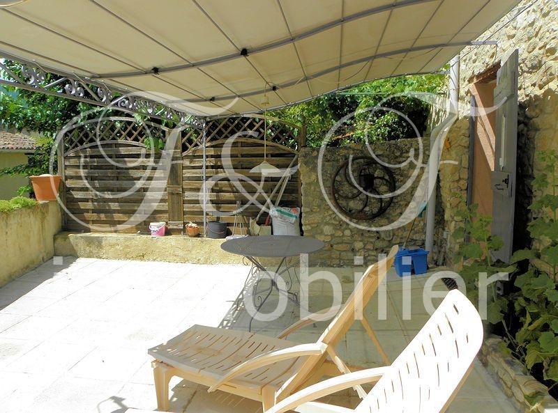 Verkauf - Dorfhaus mit Terrasse im Luberon - Real Estate ...